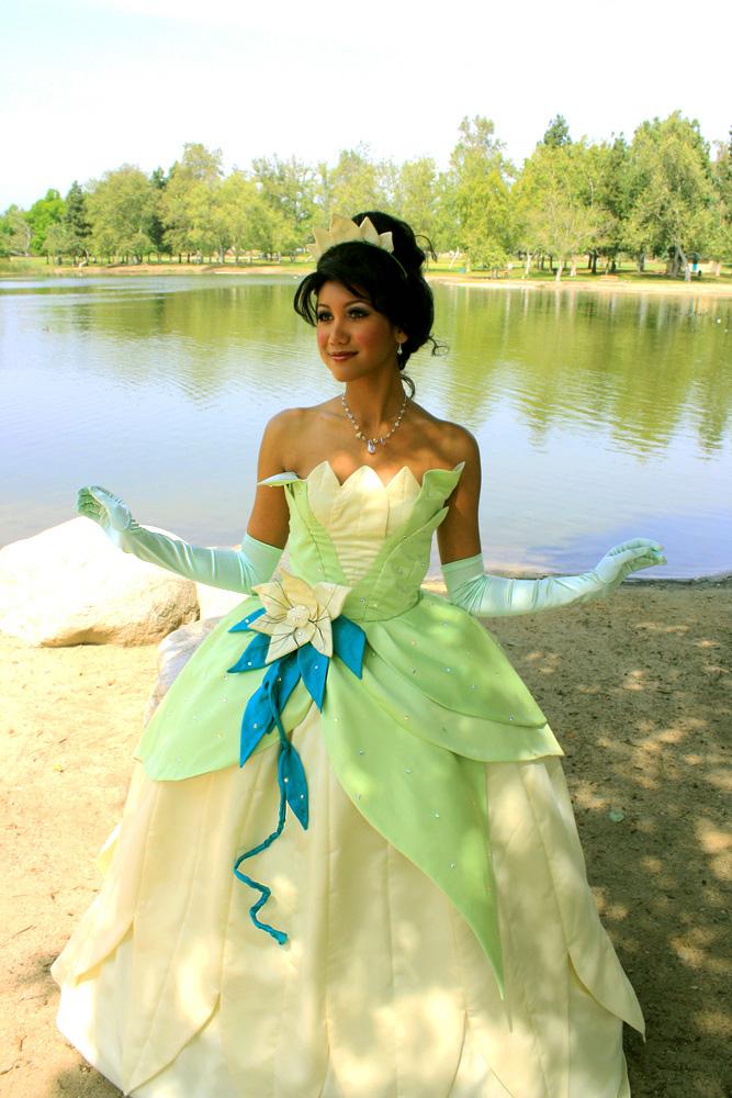 The frog princess has her lily pad dress true for Princess tiana wedding dress
